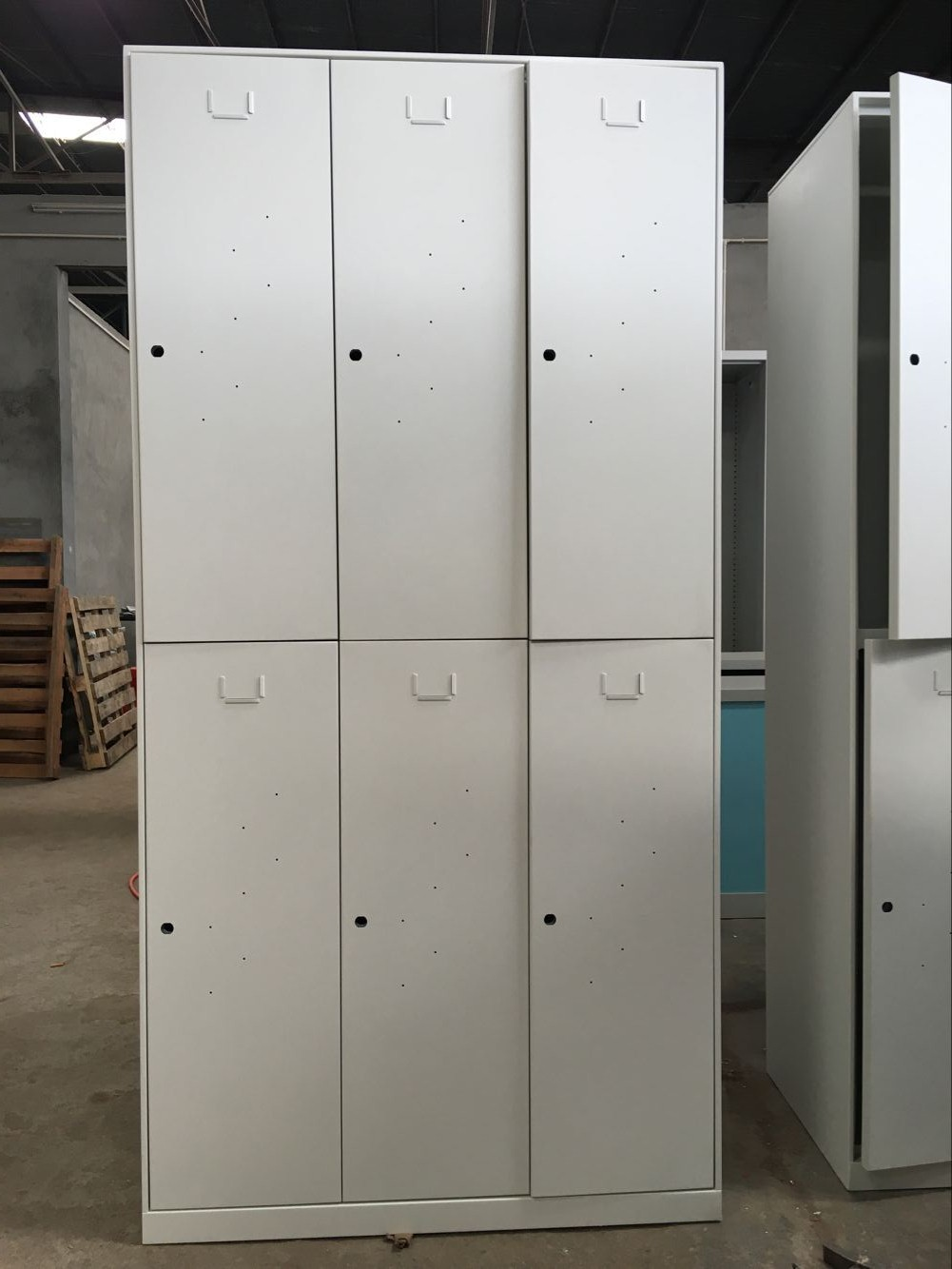 Pre-Assembly Extra Wide Metal Locker with Digital Combination Lock